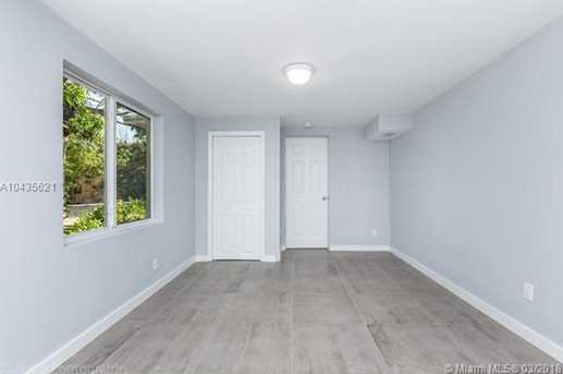 4221 NW 5th Ave - Photo 25