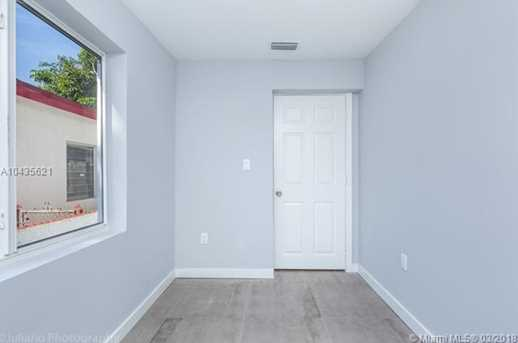 4221 NW 5th Ave - Photo 15
