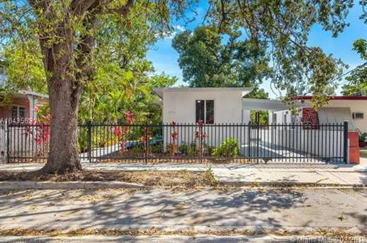 4221 NW 5th Ave - Photo 1