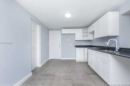 4221 NW 5th Ave - Photo 21