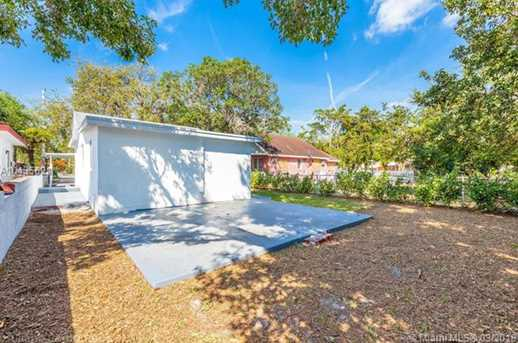 4221 NW 5th Ave - Photo 5