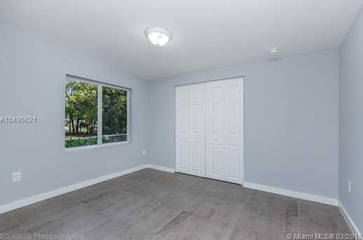 4221 NW 5th Ave - Photo 11