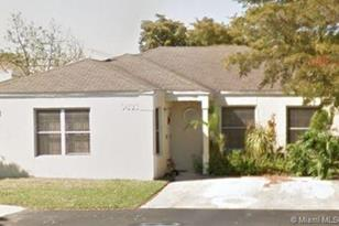 9833 SW 222nd Ter - Photo 1