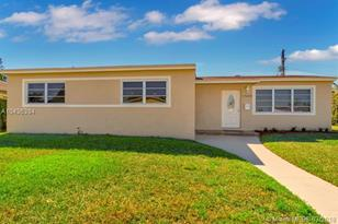 17630 NW 13th Ct - Photo 1