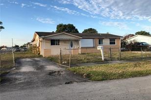 2991 NW 210th Ter - Photo 1