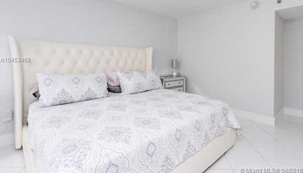 5757 Collins Ave #1802 - Photo 23