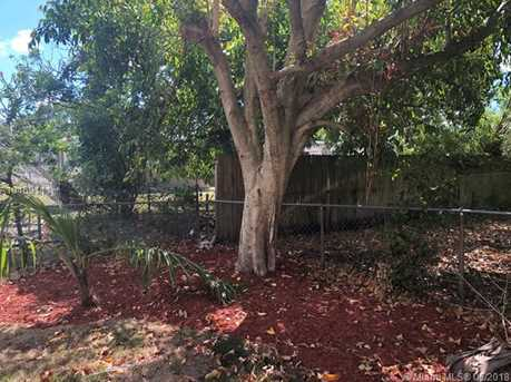 540 NW 30th Ave - Photo 15