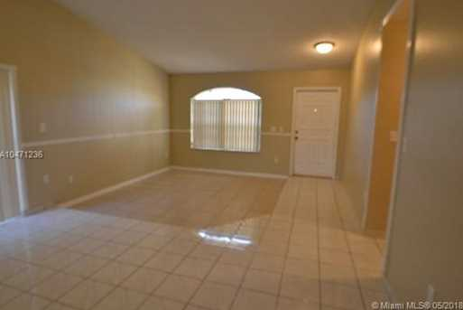 15349 SW 42nd Ter - Photo 3