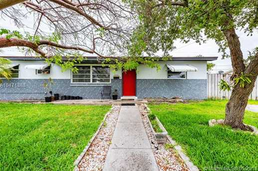 10530 SW 204th Ter - Photo 1