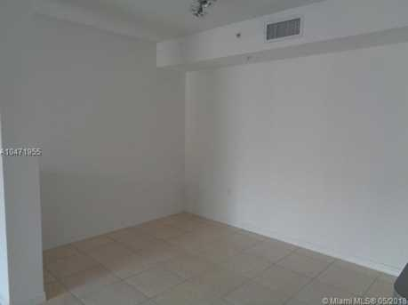 720 SW 111th Ave #207 - Photo 9