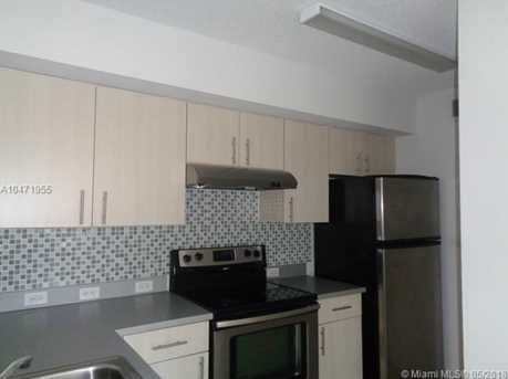 720 SW 111th Ave #207 - Photo 1