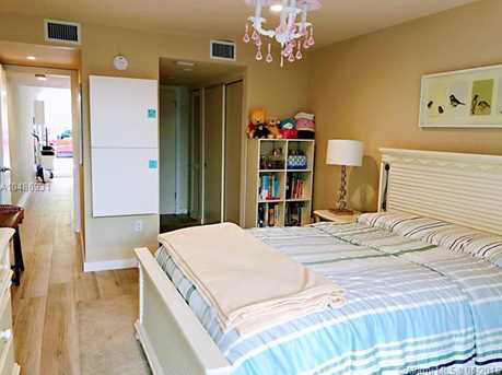 405 N Hibiscus Dr #108 - Photo 5