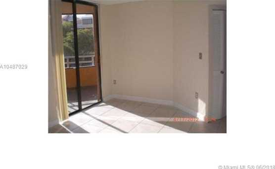 8215 SW 152nd Ave #G-309 - Photo 5