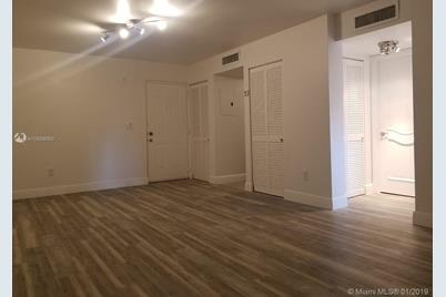 8260 SW 210th St #303 - Photo 1