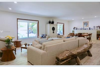 13200 SW 59th Ave - Photo 1