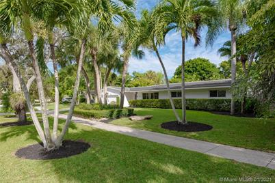 18085 SW 77th Ave - Photo 1