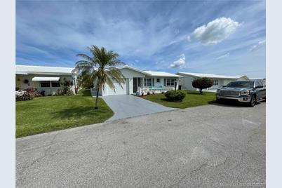 2083 SW 13th Ter - Photo 1