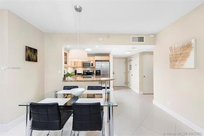 2301 Collins Ave #325 - Photo 1
