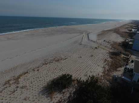 411 Ocean Ave - Photo 1