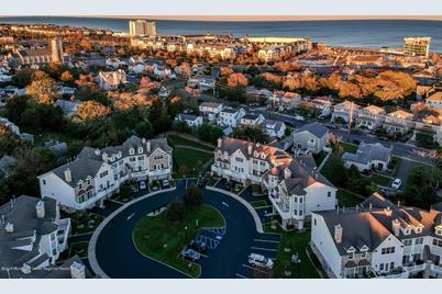 406 Villa Drive - Photo 1