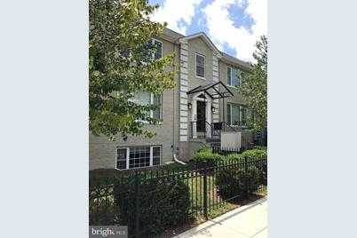 1400 Longfellow Street NW #T1 - Photo 1