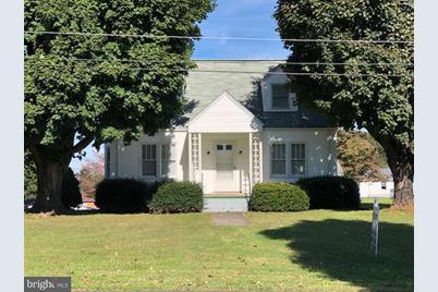 403 8th Avenue, Luray, VA 22835