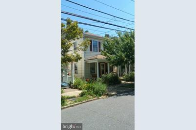 519 Willis Street - Photo 1