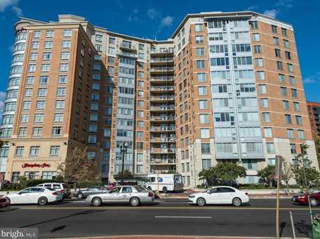 555 Massachusetts Ave NW #1213 - Photo 1