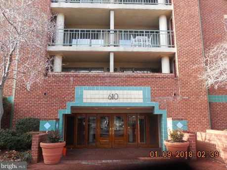 610 West St #302 - Photo 1