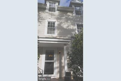 6092 Netherton Street - Photo 1