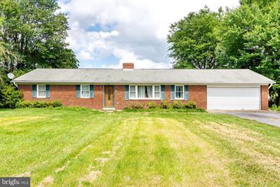 5887 Rockhold Creek Road, Deale, MD 20751