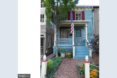 115 Charles Street - Photo 1