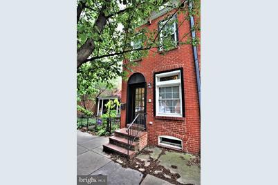 214 S Collington Avenue - Photo 1