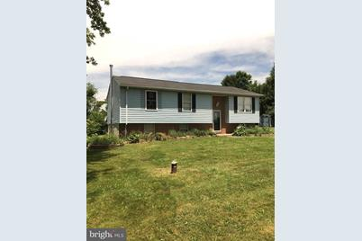 600 Yorkminster Drive, Westminster, MD 21158