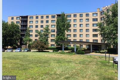 3450 Toledo Terrace #605 - Photo 1