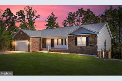7301 Lanes Corner Rd Spotsylvania Va 22553 Mls Vasp218354 Coldwell Banker