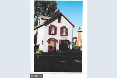 564 Lincoln Way E - Photo 1