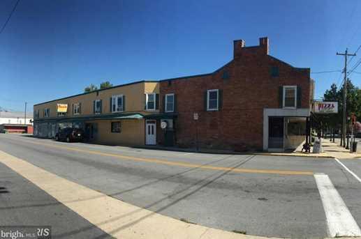 9 Fayette Street N #D - Photo 1