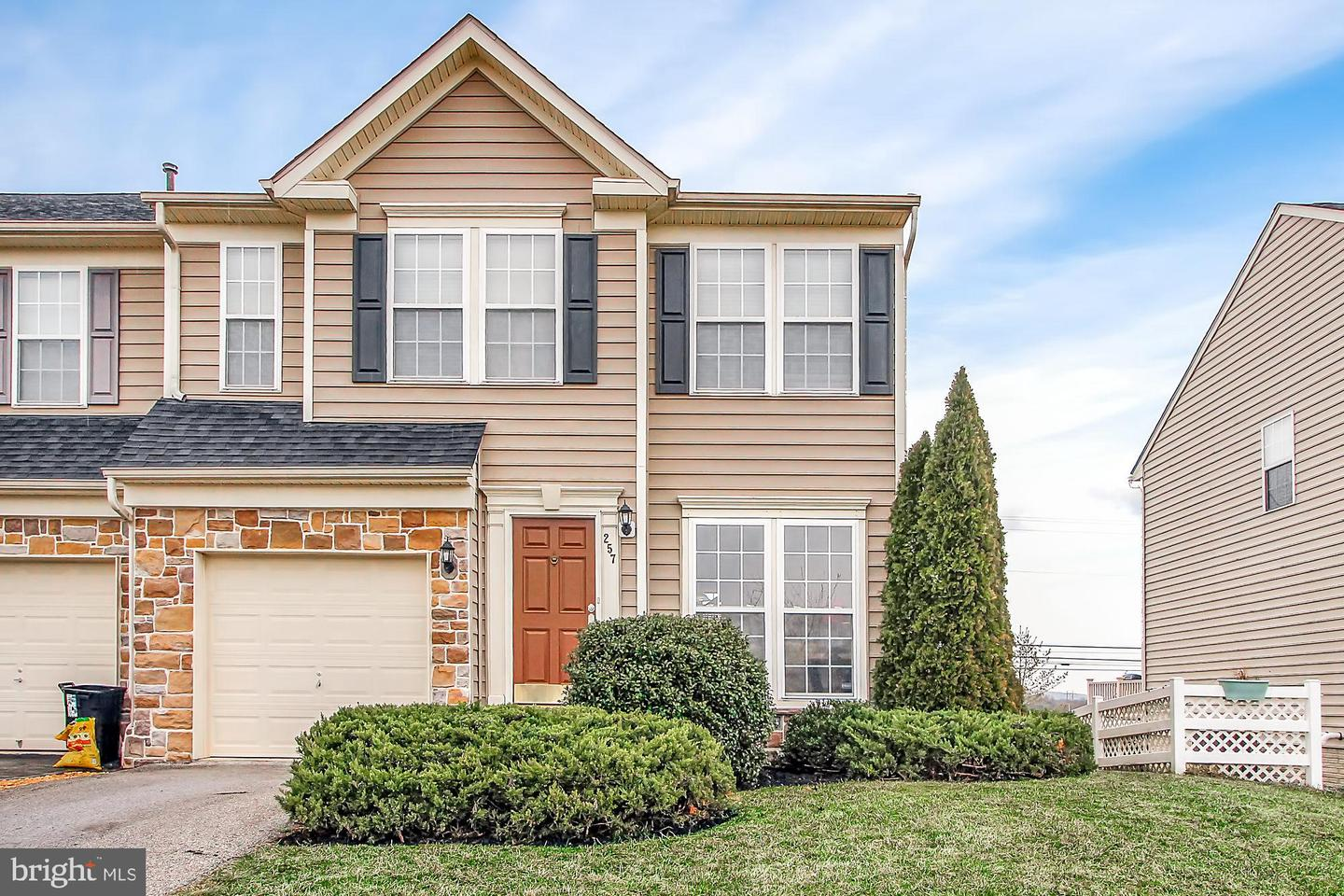 257 Maple Dr, Hanover, PA 17331 - MLS PAAD106034 ...