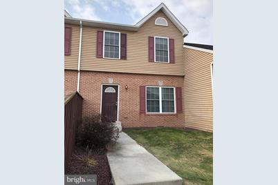 1520 Yorkshire Place - Photo 1