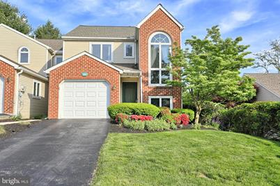 Miraculous 1262 Summitview Court New Cumberland Pa 17070 Interior Design Ideas Ghosoteloinfo