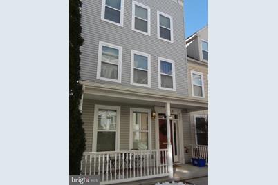 1704 Fulton Street - Photo 1