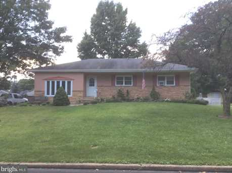 1424 W Bensalem Avenue - Photo 1