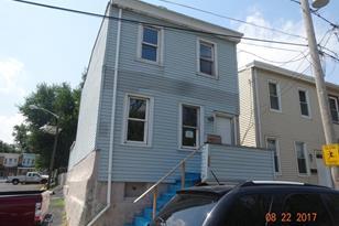 220 Linden Street - Photo 1