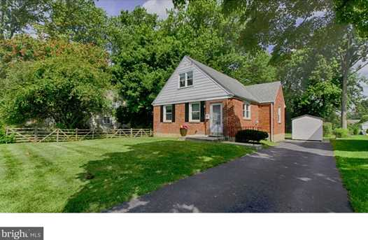 415 Hawarden Rd - Photo 1
