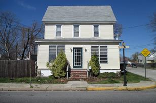 102 N Broad Street - Photo 1