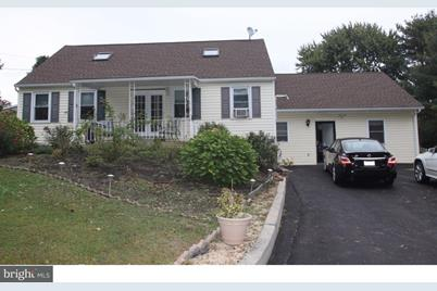 944 Township Line Road - Photo 1