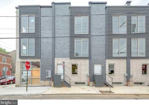 704 W Thompson Street - Photo 1