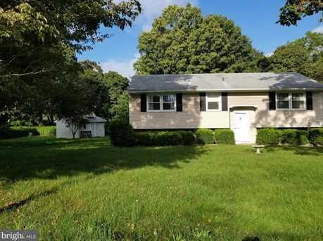 80 Hale Avenue - Photo 1