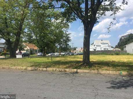 1000 Woodland Ave - Photo 1